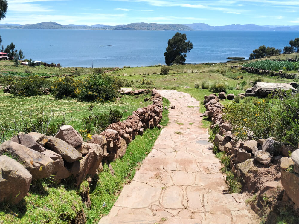 jezioro titicaca droga