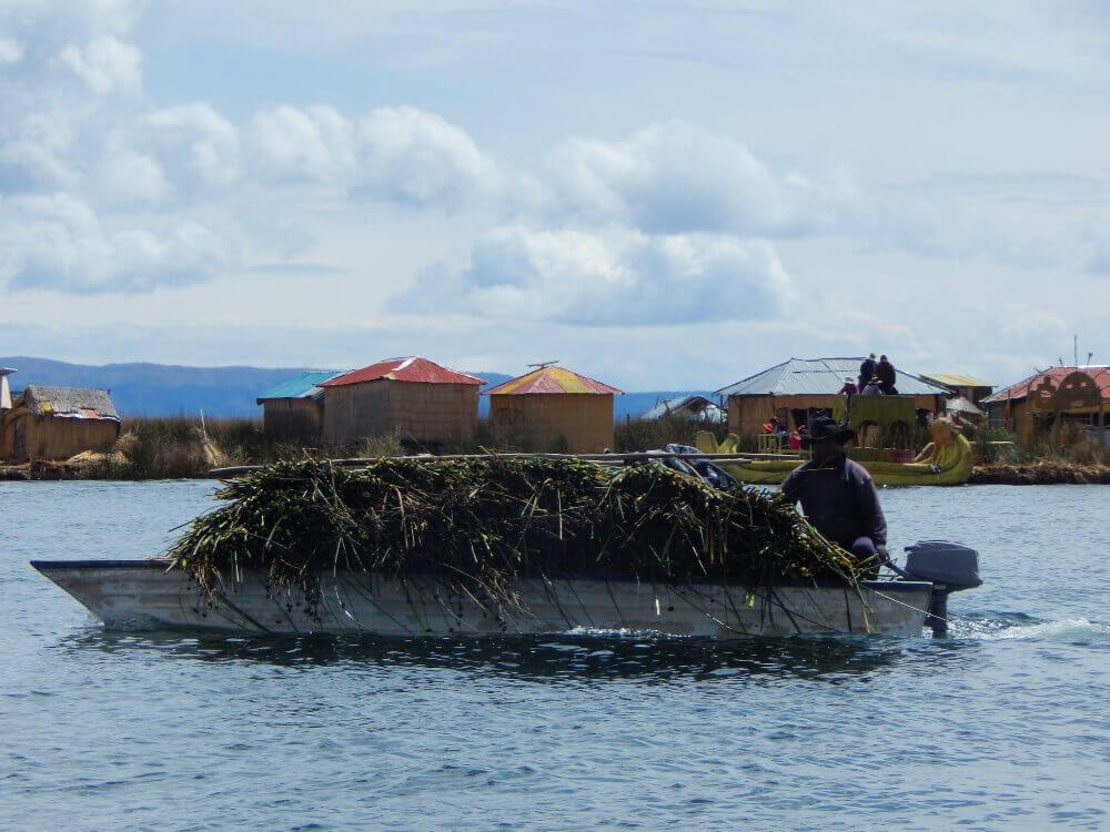 wyspy uros peru
