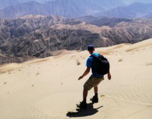 Nazca sandboarding Peru